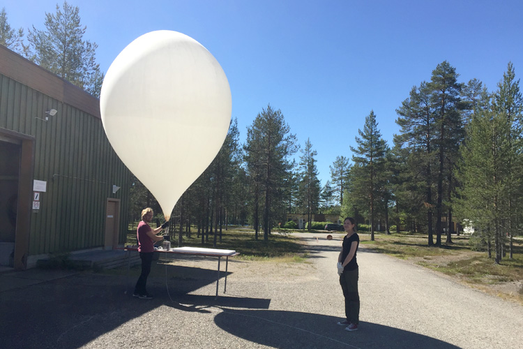 High-altitude weather balloon in Sodankylä