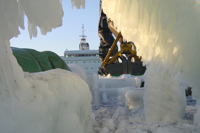 Ice accretion over the ship
